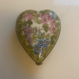 Limoges Heart pill box